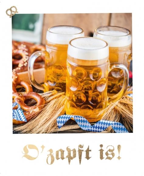 Postkarte: O' zapft is! - Bierkrüge, Brezeln