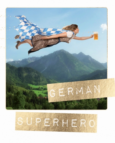 Postkarte: German Superhero