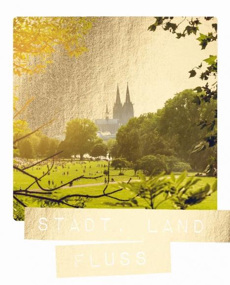 Postkarte: Stadt, Land, Fluss
