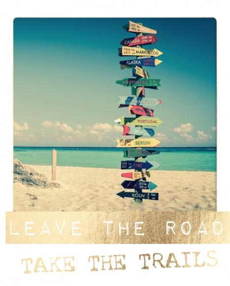 Postkarte: Leave the road. Take the trails.